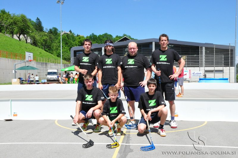 Zoltan floorball team
